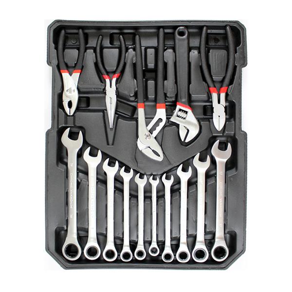 Caisse a outils avec cles a cliquet chrome vanadium 6